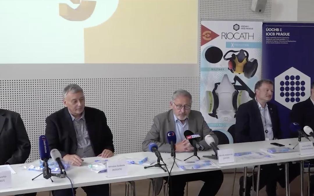 Reportáž ČTK a záznam celé tiskové konference